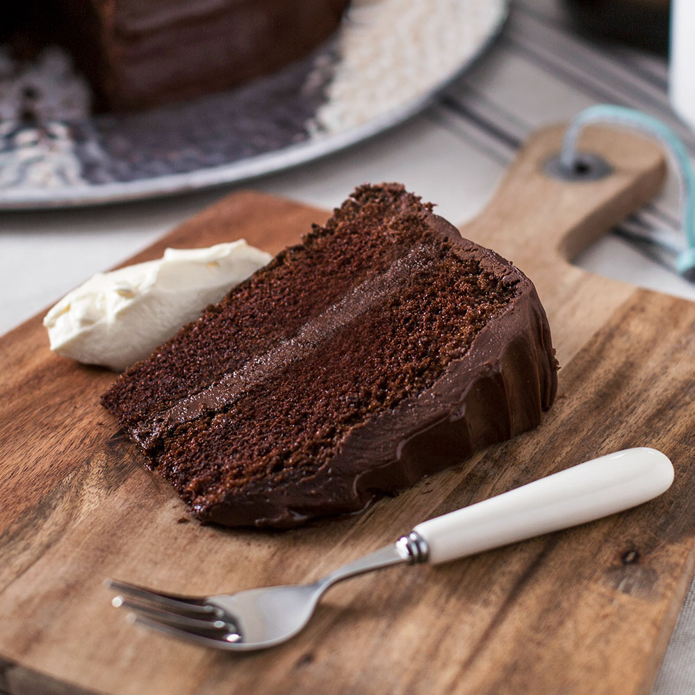 Alabama Chocolate Fudge Cake King Bros Foodservice